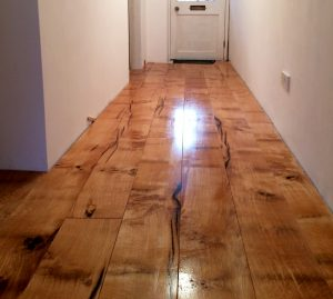 natural oak flooring