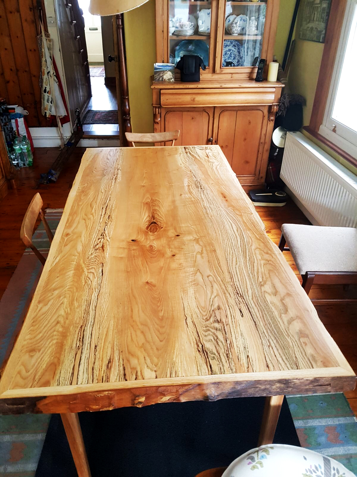 olive ash table
